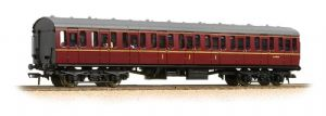 Bachmann 34-700C BR Mark 1 Suburban Composite, Lined Maroon Livery, WITH PASSENGERS